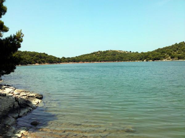 Slané jazero Mir.