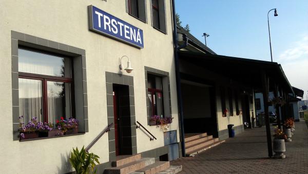 Železničná stanica Trstená.