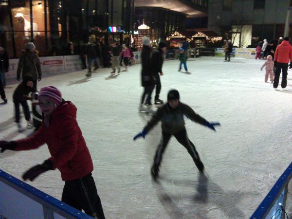 Klzisko pri River Parku ponúka bezplatné korčuľovanie aj túto sezónu.
