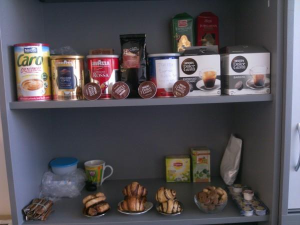 Dnes v práci oslavujeme svetový deň kávy.