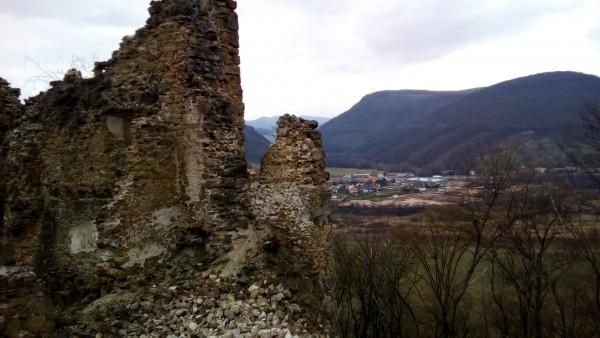 Hrad Šášov - ruiny + výhľad
